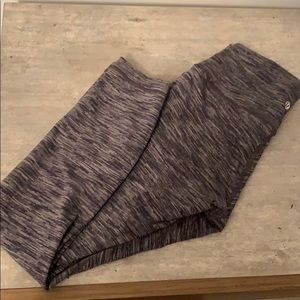 Pants - Lululemon wunder under crop Size 6